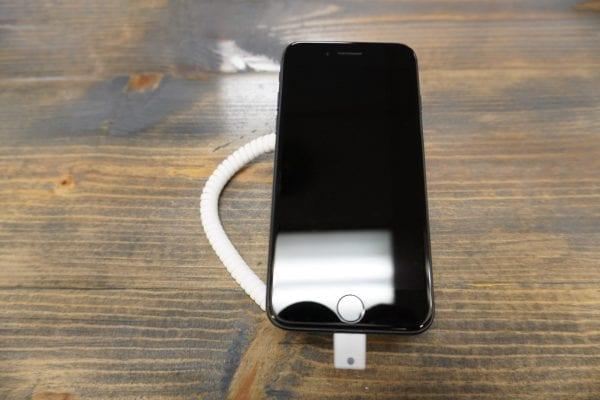 Apple - iPhone 8 1